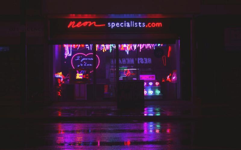 iluminacion-vitrinas-de-tiendas-decorashop.com